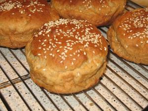 glutenfreehamburgerbun.jpg